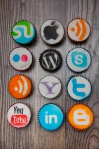 Usa i social media per farci conoscere