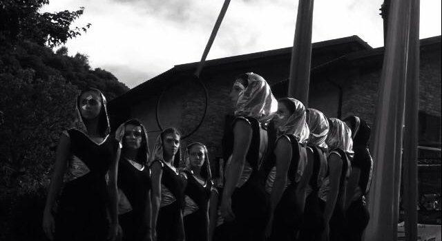 Reflexion – Acrobatica Aerea al Filatoio di Caraglio