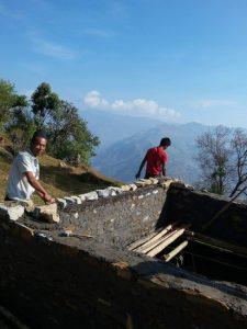 chukha-nepal-acquedotto-costruzione-vasca_v1